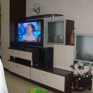 Мебели по поръчка хол и всекидневна